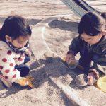 【口コミ・レビュー】お砂場で砂遊びすることの効果・メリットとはなんだろう?室内で遊べる砂、キネティックサンドを買って改めて考えてみました。