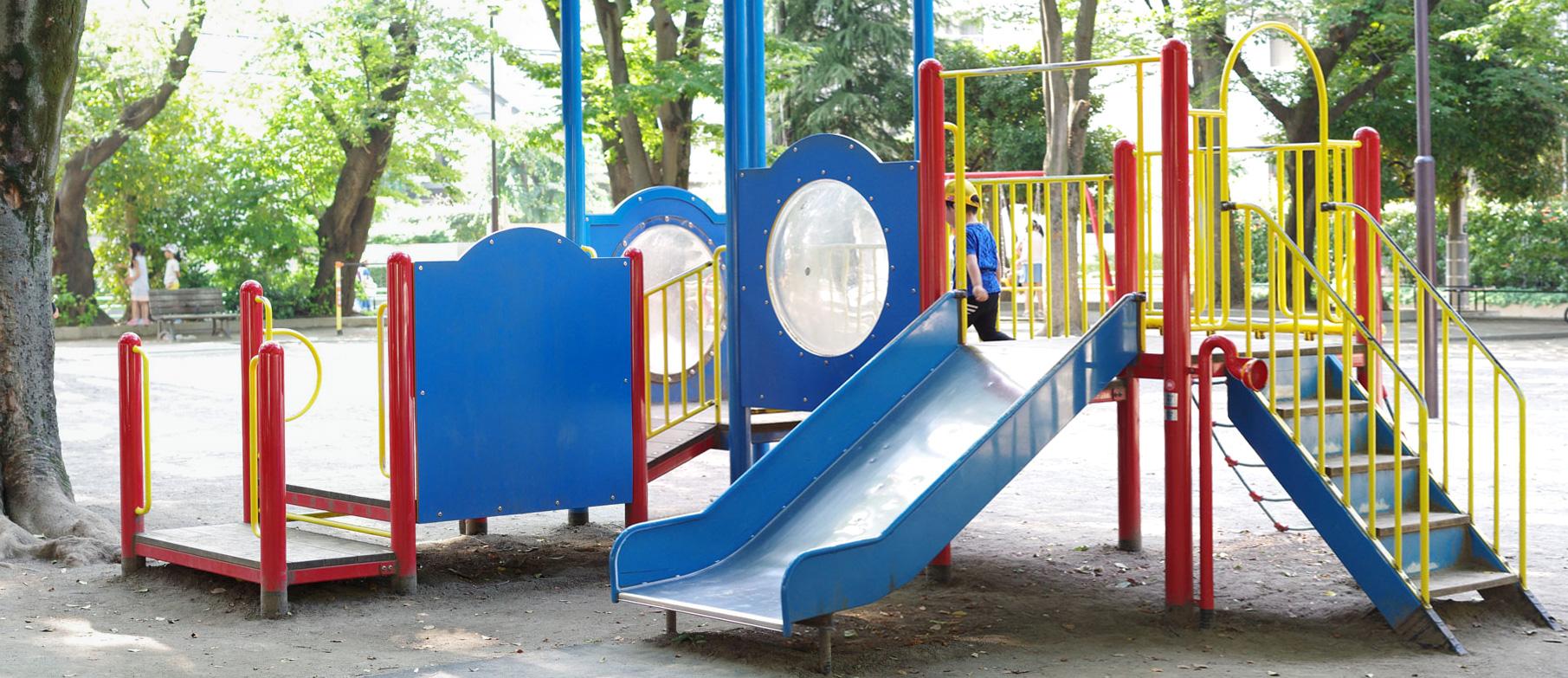 練馬区豊玉公園(タコ公園)にある複合遊具