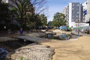 大横川親水公園 水流