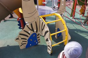 明治神宮外苑 にこにこパーク 幼児用複合遊具